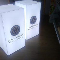podswietlane kubiki ekspozycyjne