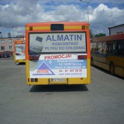 grafika na tyle autobusu