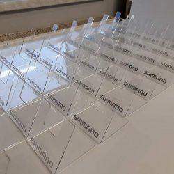 ekspozytory z plexi