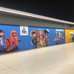 oklejanie ścian grafiką reklamową